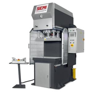 MCL – Pressa oleodinamica da stampaggio veloce (125 mm/sec) di SICMI